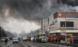 De las 64 víctimas mortales en incendio de centro comercial siberiano 41 son niños