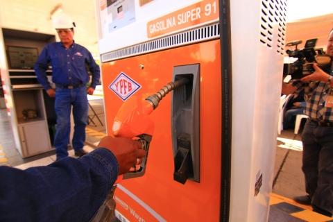 YPFB comercializó en tres días 150.000 litros de gasolina «Súper 91» en Cochabamba