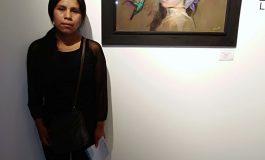 El arte surrealista de Gebracia Aruquipa se exhibe en Los Tajibos Hotel