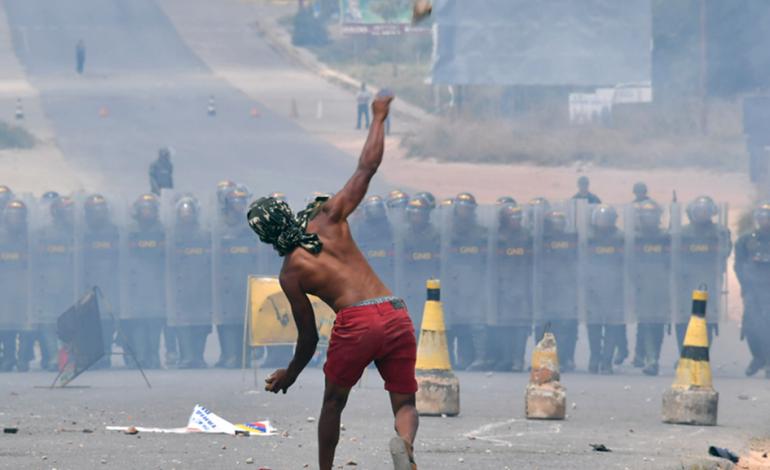 Denuncian 25 muertos en frontera Venezuela – Brasil