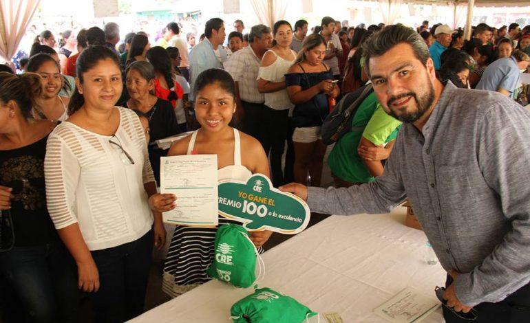 CRE premió a los mejores alumnos