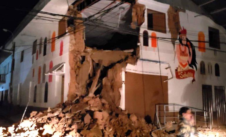 Un fuerte terremoto de magnitud 7,5 sacude Perú