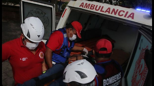 Choque de dos motos causa tres muertos en la avenida Paurito