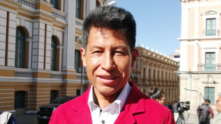 Edwin Rodríguez renuncia a candidatura vicepresidencial