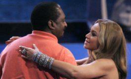 Padre de Beyoncé cuenta que le diagnosticaron cáncer de mama