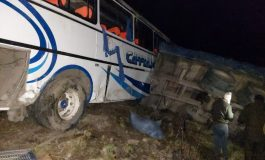 Dos muertos y 14 heridos por un accidente de tránsito en Cochabamba