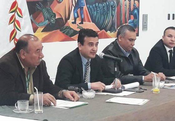 """Ministro de Energías denuncia que venta de electricidad a Argentina fue """"una mentira"""""""