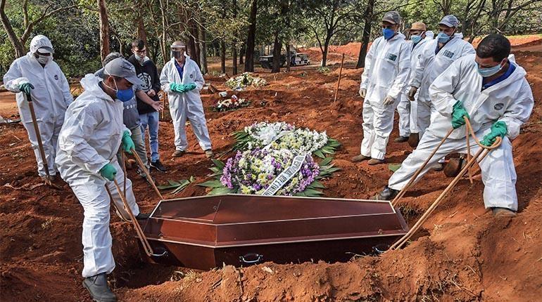 La OMS alerta que la pandemia sigue «acelerándose» en el mundo