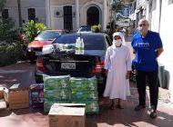Funcionarios y pacientes del Hospital San Juan de Dios reciben equipos de bioseguridad de parte de Cerabol