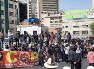 Mientras los expertos recomiendan el distanciamiento, en Bolivia se registran marchas y aglomeraciones