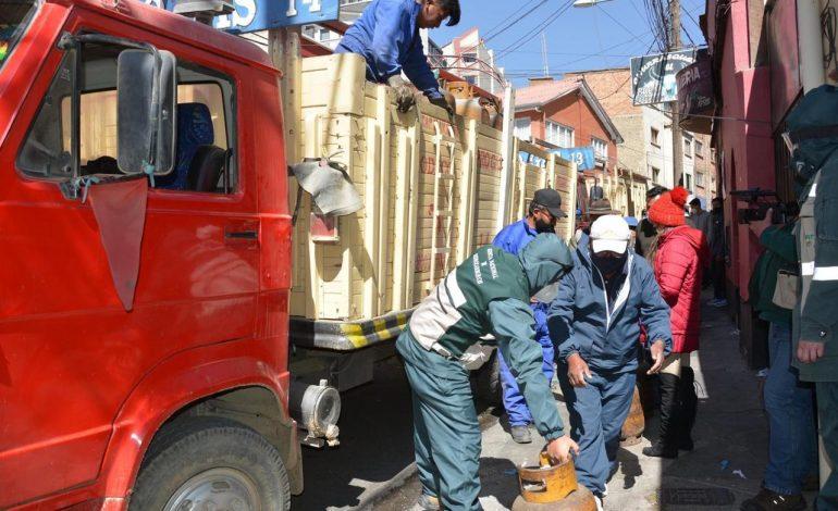 YPFB y ANH suman esfuerzos para mantener el abastecimiento de GLP en La Paz y El Alto, pese a bloqueos