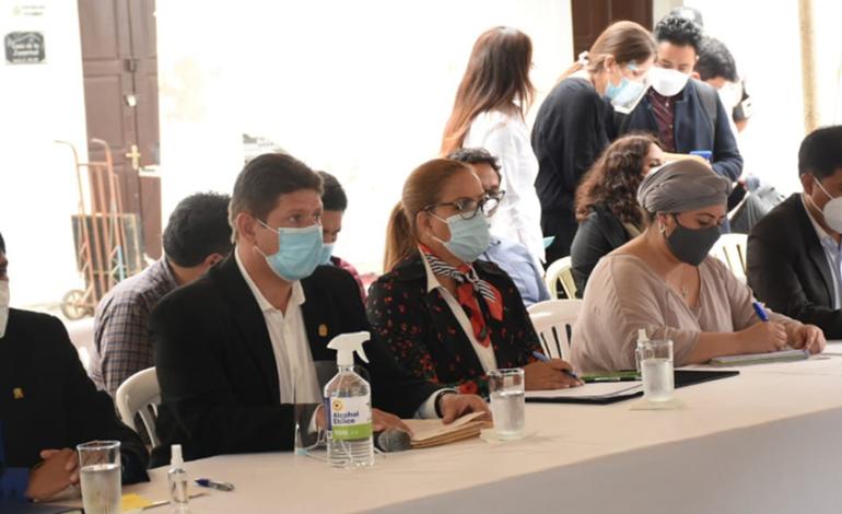 En Santa Cruz declaran profundizar coordinación por emergencia sanitaria y se descarta cuarentena rígida