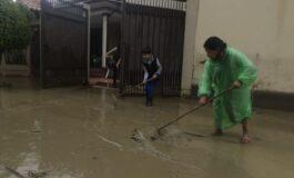 Lluvia en Cochabamba deja un muerto, casas inundadas, granjas inundadas, y daños en puentes