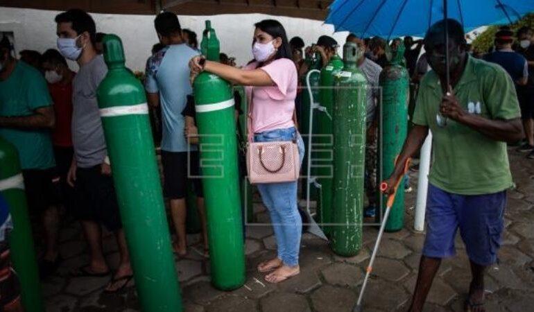 Seis estados brasileños en riesgo de quedarse sin oxígeno en plena pandemia