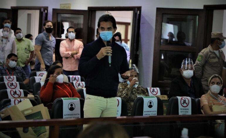 Saavedra cuestiona presupuesto del Concejo y propone  compra de vacunas anticovid