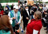 Personas en situación de calle se suman a la limpieza de canales de drenaje y espacios públicos