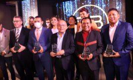 ENTEL recibe galardón por su liderazgo en telecomunicaciones