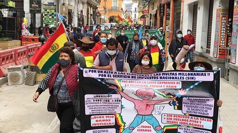 Gremiales anuncian paro de 48 horas para el lunes ante silencio del Gobierno