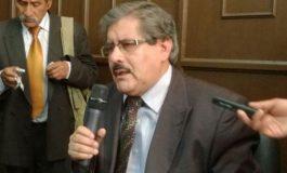 Rector acusa a magistrado de encubrir títulos falsos