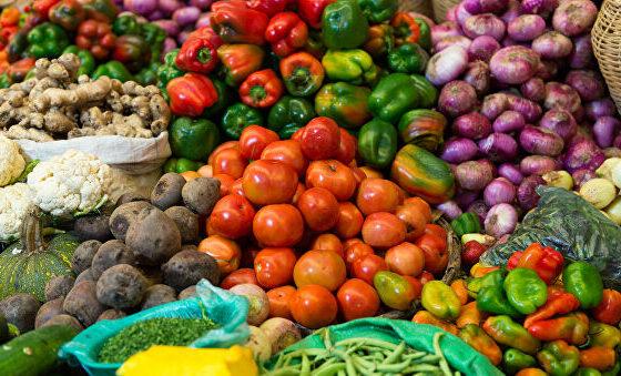 El gobierno boliviano sube aranceles para al importación de ocho alimentos