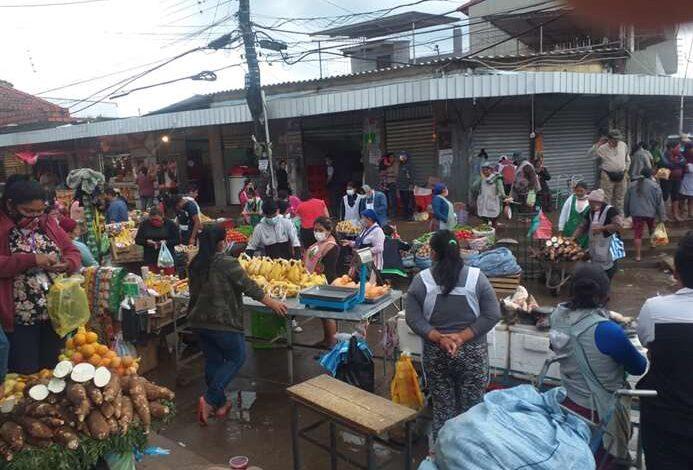 Santa Cruz: Mercados desacatan cuarentena y gremiales piden normalizar la atención hasta las 15:00
