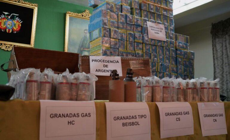 Presentan material antidisturbios enviados desde la Argentina en 2019