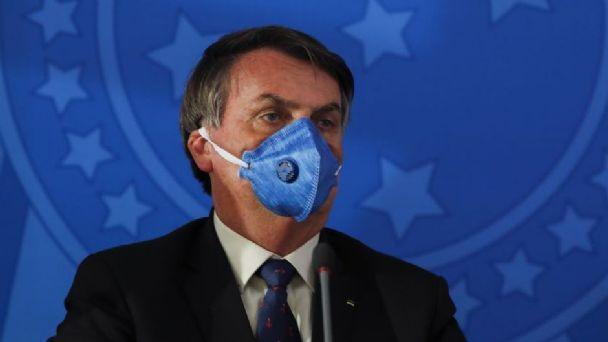 Bolsonaro, ingresado en un hospital por ataque de hipo y dolores abdominales